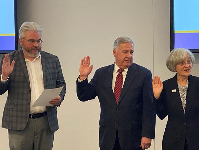 three new board members at gateway being sworn in